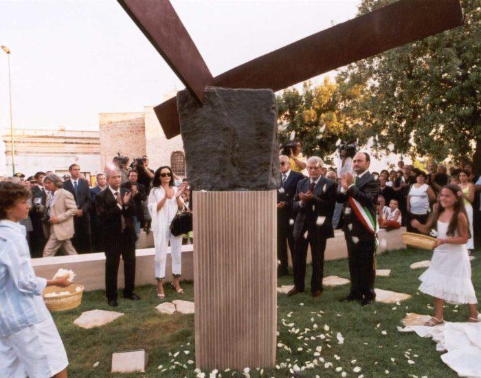 commemorazione con autorità